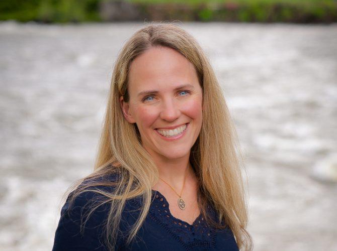 Dr Sarah Cummings,DVM Riverside Animal Hospital