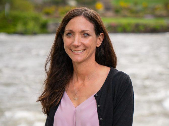 Dr. Debbie Putnam,DVM. Riverside Animal Hospital, Bend, Oregon